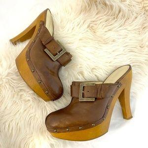 Enzo Angiolini Eakaloni leather clog heel platform